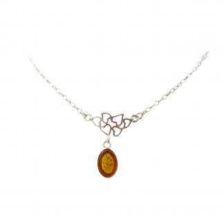 Strieborný náhrdelník s prírodným jantárom
