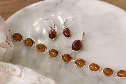 Strieborné šperky s pravým jantárom koňakovej farby